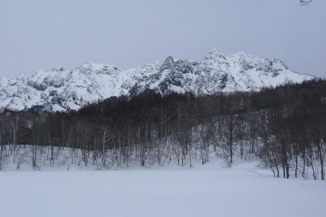 50年前に冬の西岳を登った。いまはこんな恐ろしいところには、とても行けない。